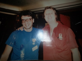Dennis with Eric Bristow Dec 1987 (1)